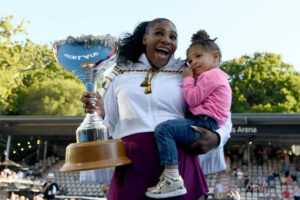 SPELTID: Serena Williams hoppar i Coaching Venture With Daughter Olympia