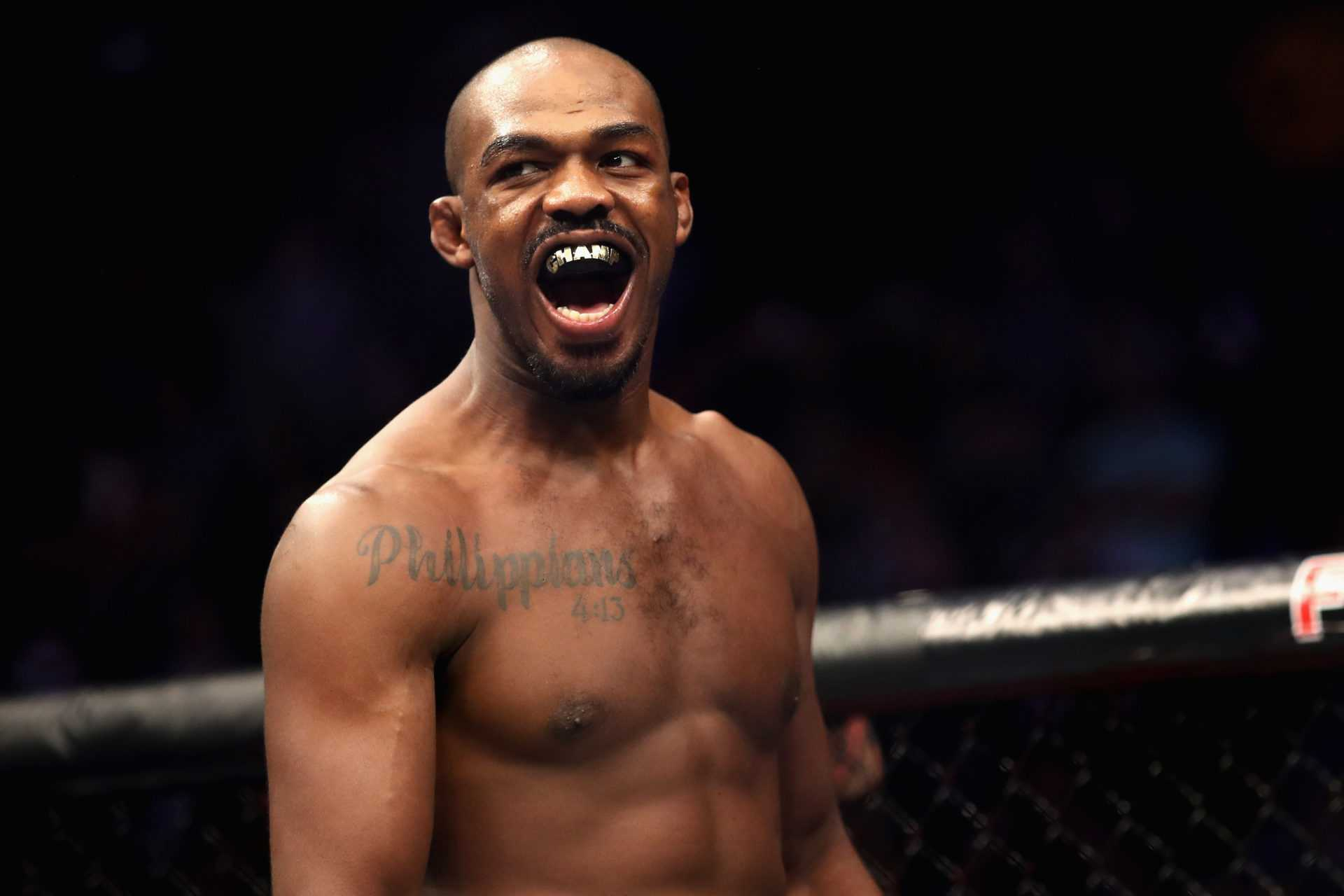 VIDEO: Jon Jones hånar Israel Adesanias 'Cartoon Energy'