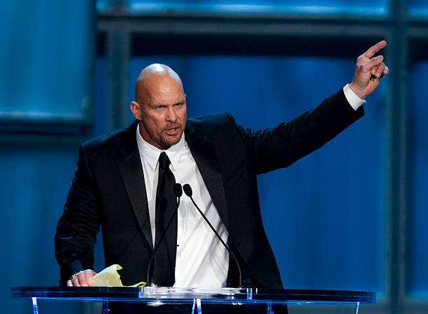 National Beer Day - Stone Cold Steve Austin & His Biggest Beer Bashes i WWE